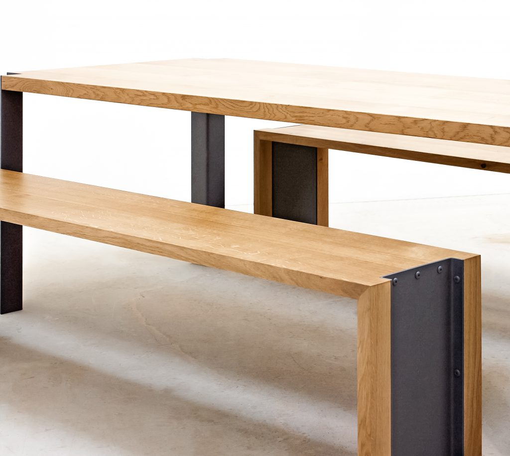 Ensemble Table Et Bancs Følsom Studio